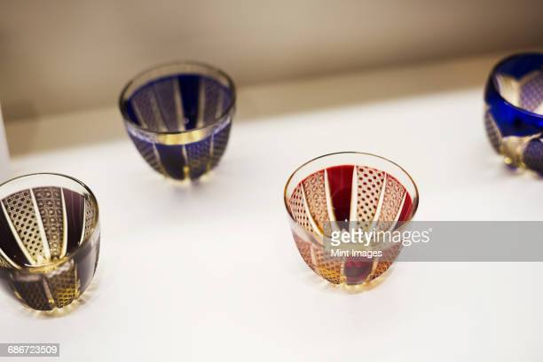 shop selling edo kiriko cut glass in tokyo, japan. - 美術工芸 ストックフォトと画像