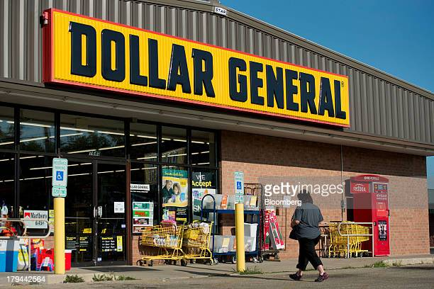 A shopper enters a Dollar General Corp store in Princeton Illinois US on Tuesday Sept 3 2013 Dollar General Corp is scheduled to release earnings...