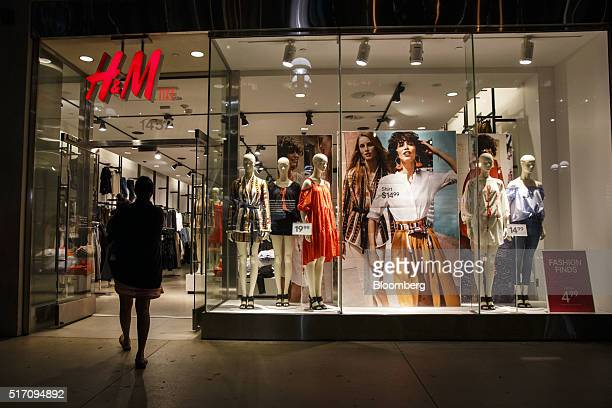 A shopper enters an Hennes Mauritz AB store at the Third Street Promenade in Santa Monica California US on Tuesday March 22 2016 The Bloomberg...