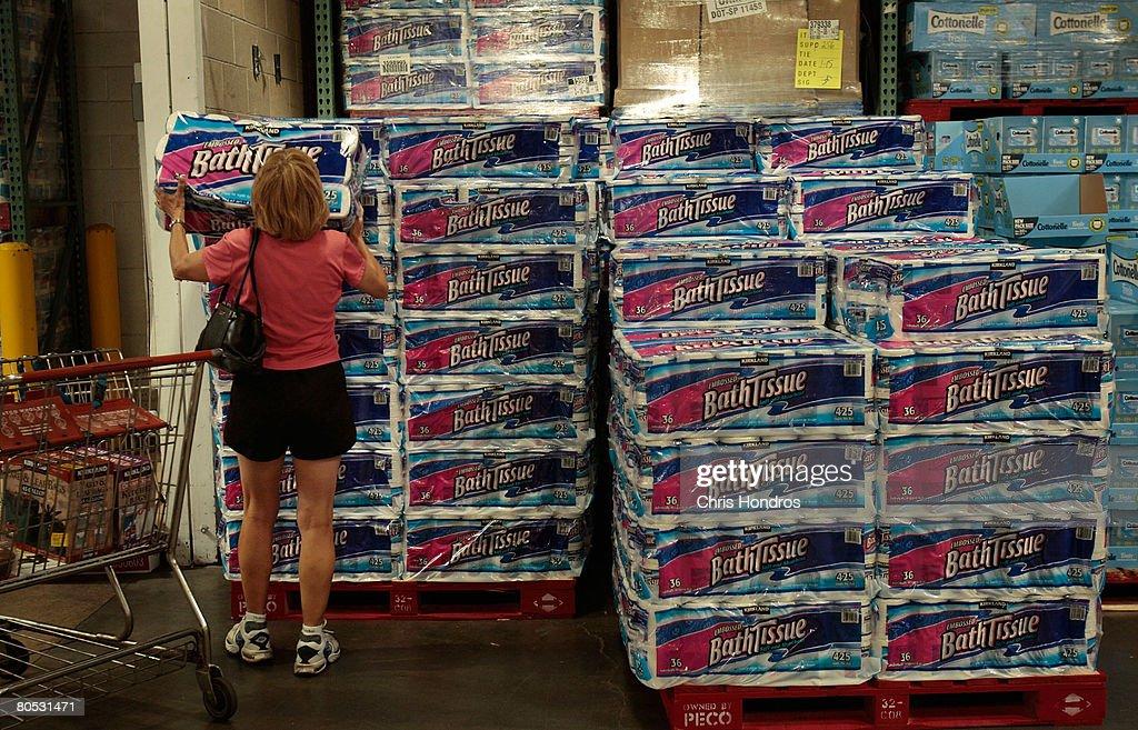 Bulk Toilet Paper >> A Shopper Grabs A Bulk Package Of Toilet Paper At A Costco