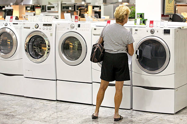 Photos Et Images De Inside An ABT Appliance Store Ahead Of Durable - Abt washers