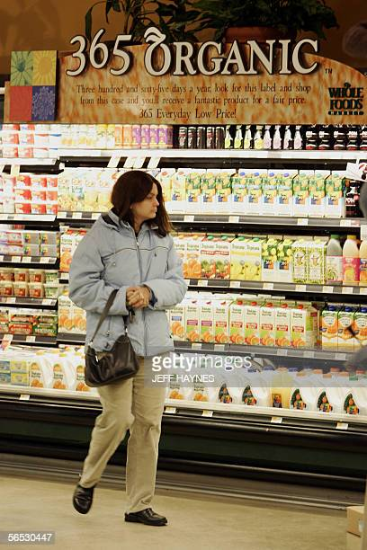 Shopper Priya Patel of Willowbrook Illinois looks over the organic food sections 05 January 2006 at The Whole Foods Market in Willowbrook Illinois...