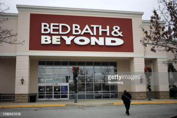 Shopper walks towards a Bed Bath & Beyond store in Louisville, Kentucky, U.S., on Saturday, Jan. 2, 2021. Bed Bath & Beyond Inc. Is scheduled to...