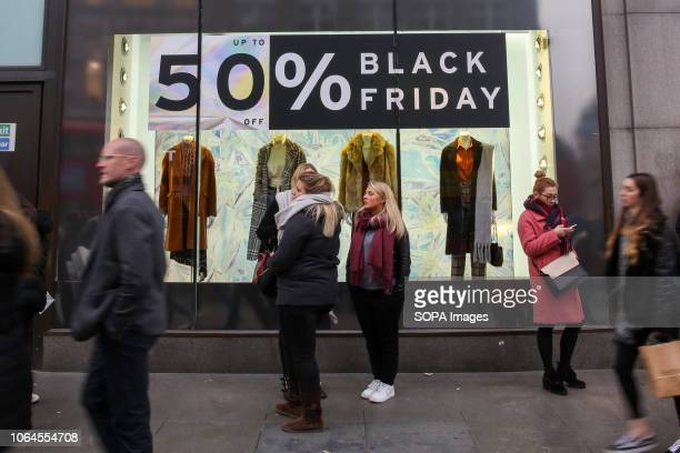 Shoppers are seen at the topshop taking advantage of the Black Friday deals that many high street stores are offering. A very busy Black Friday at...