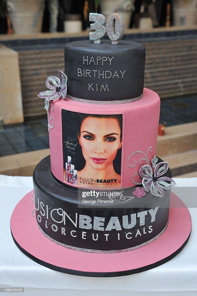 Admirable Shoppers Drug Mart Welcomes Kim Kardashian Promoting Fusion Funny Birthday Cards Online Benoljebrpdamsfinfo