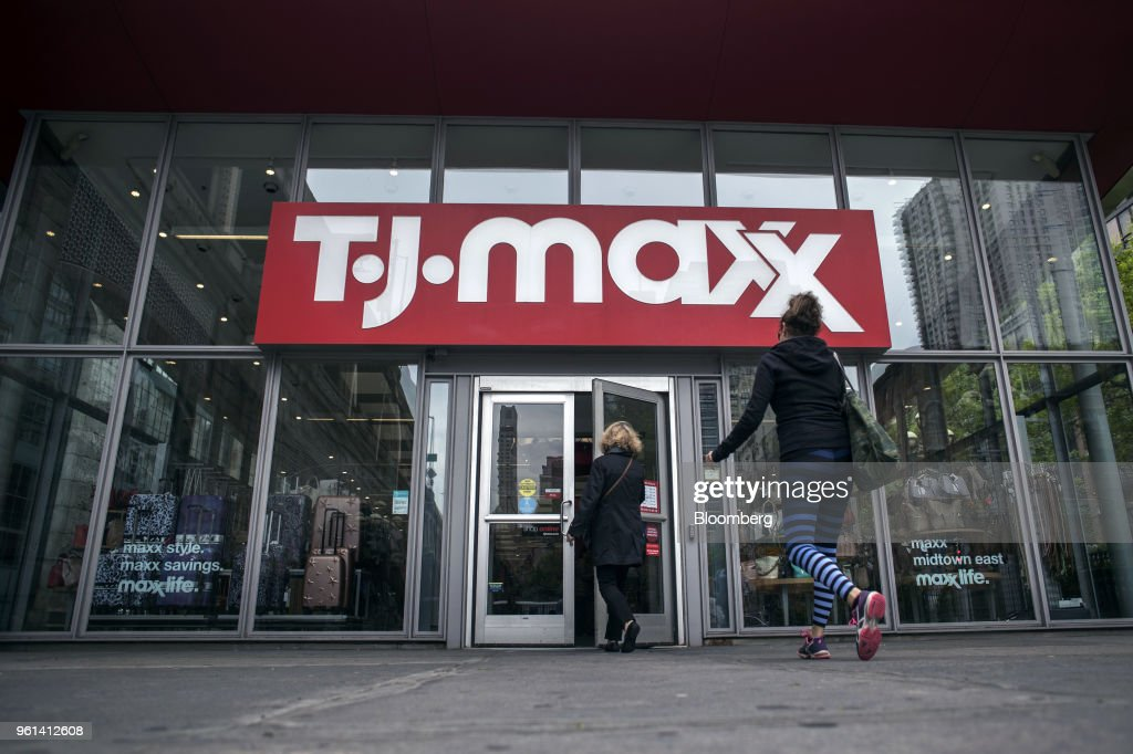 A TJX Cos TJ Maxx Location Ahead Of Earning Figures