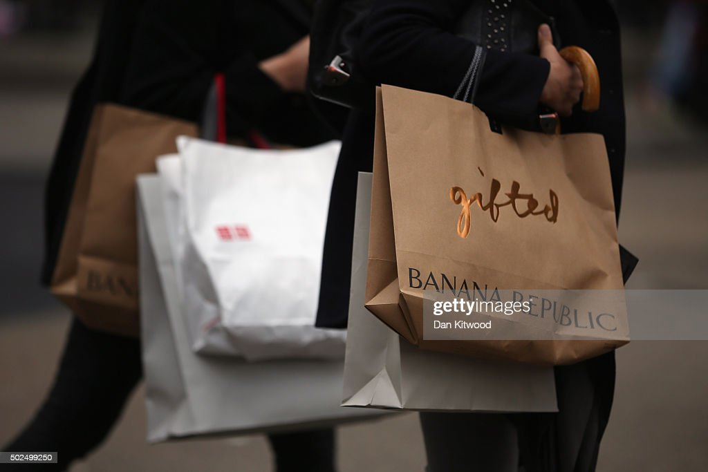 Boxing Day Shoppers Hit The Sales : News Photo