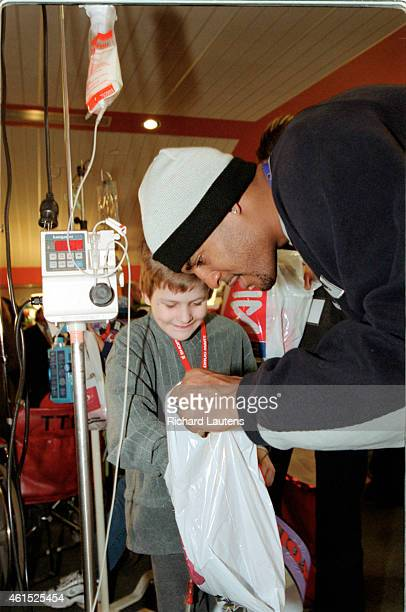 Shoppers Hoops for Kids 2001 The Raptors came out to greet the kids of Sick Kids' Hospital today The entire raptor team along with Lincoln Alexander...