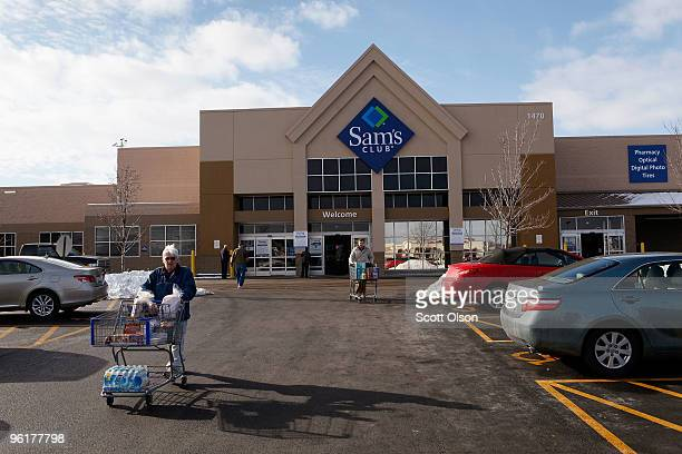 Shoppers leave a Sam's Club store January 12, 2010 in Rolling Meadows, Illinois. Wal-Mart Stores Inc., the parent company of Sam's Club, announced...