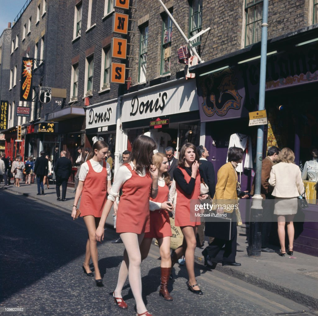Carnaby Street : News Photo