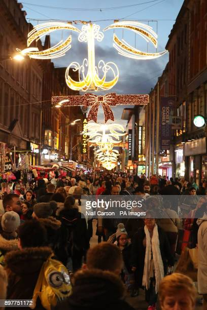 Shoppers on Henry Street in Dublin, on the final Saturday before Christmas.