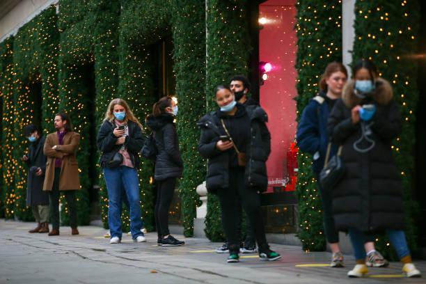 GBR: London Avoids Toughest Covid Curbs as Lockdown Ends