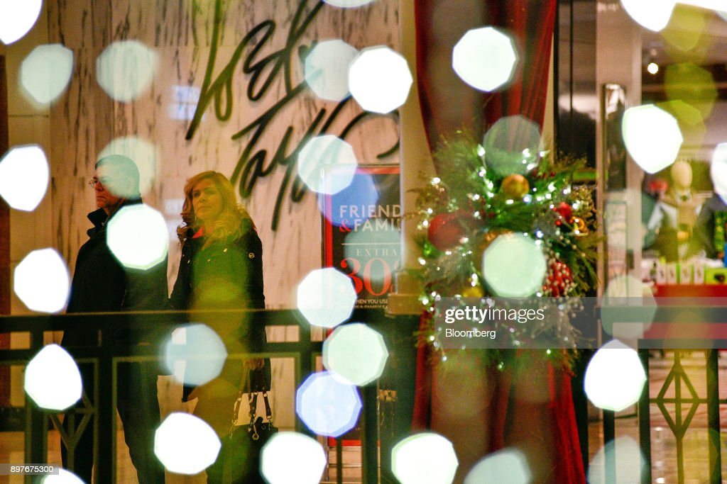 Shoppers At The King Of Prussia Mall As It Tries Something Other ...