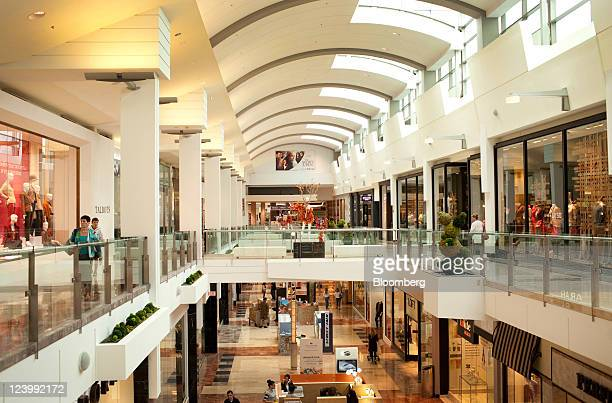 Garden state plaza mall stock photos and pictures getty images for Garden state plaza mall paramus nj