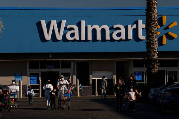 CA: A Walmart Store Ahead Of Earnings Figures