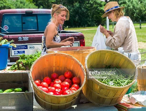 Shopping a Farmer's Market