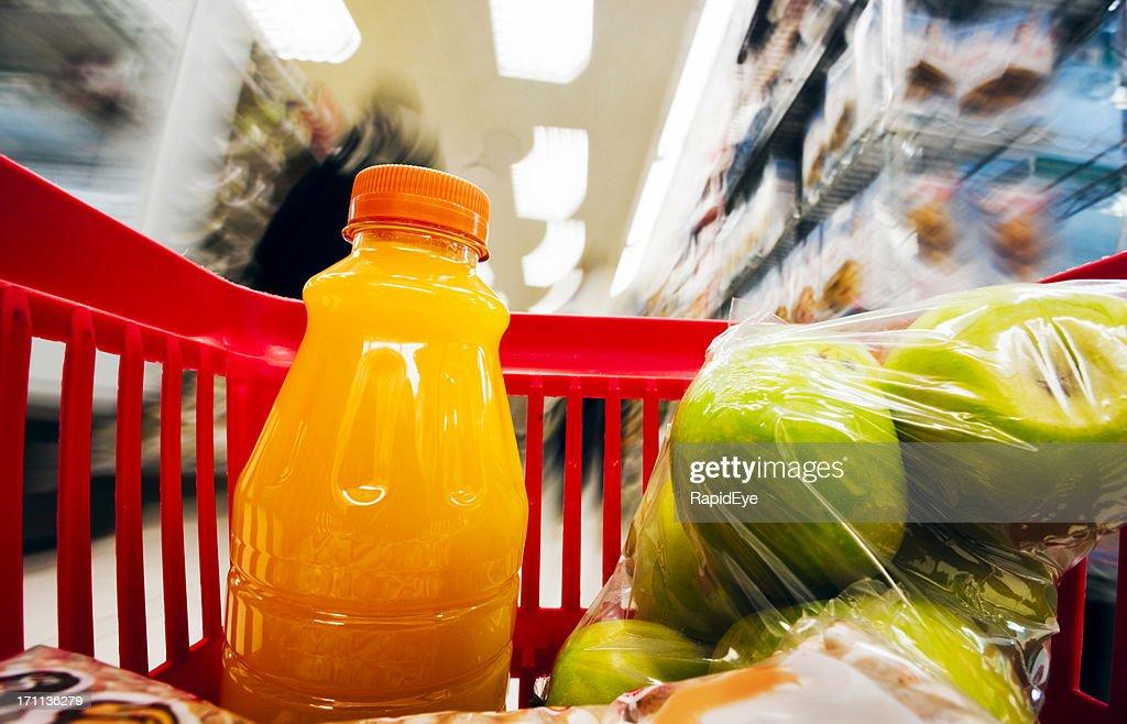 Shopping basket : Stock Photo