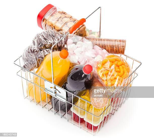 Cesto de Compras com Comida Saudável