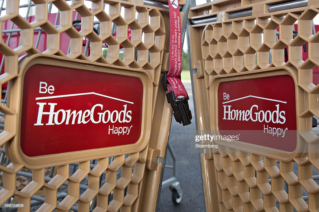 Shopping carts sit outside a HomeGoods store in Peoria  Illinois  U S   on  Sunday. TJ Maxx  Marshalls  And Home Goods Stores Ahead Of The TJX Cos
