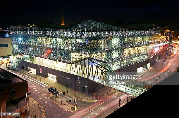 shopping centre at night - leicester stock pictures, royalty-free photos & images