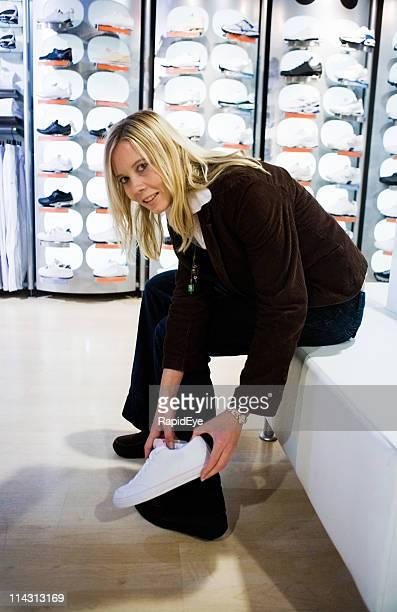 ショッピングスポーツ用の靴