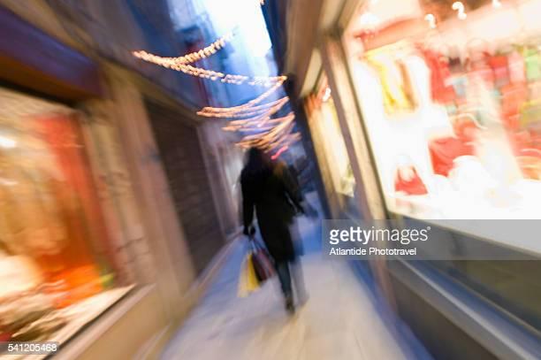 Shopping in the Rialto