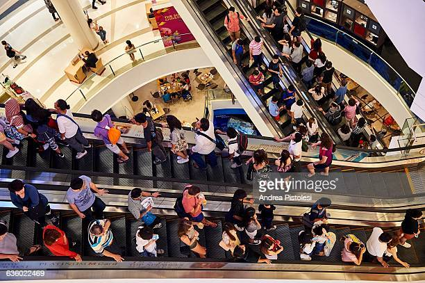 shopping mall in siam, bangkok - shopping mall stock pictures, royalty-free photos & images