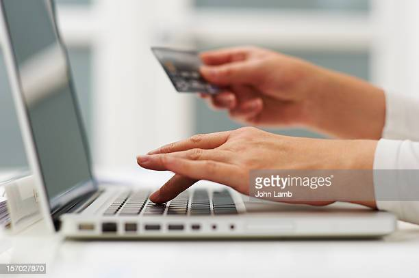 shopping online - online shopping stock photos and pictures