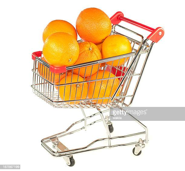 shopping orange - Einkaufswagen mit Orangen