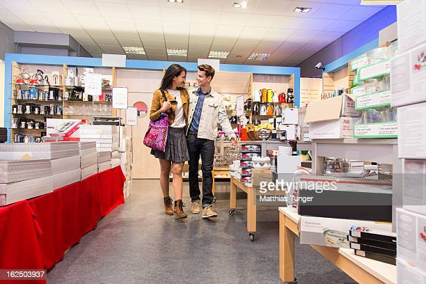 shopping - electronics store stock photos and pictures