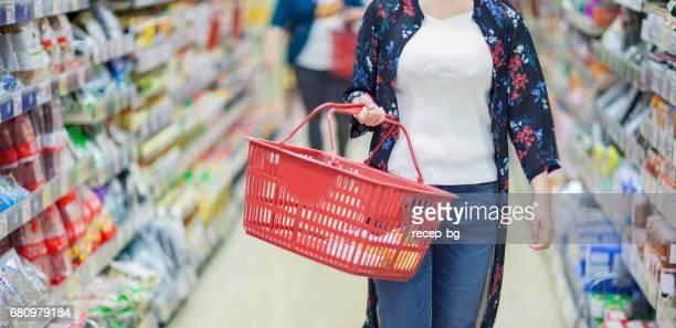 winkelen - mand stockfoto's en -beelden