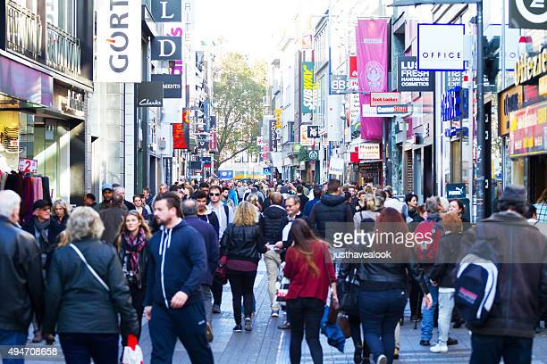 shopping scene in hohe straße of cologne - pedestrian zone stock pictures, royalty-free photos & images
