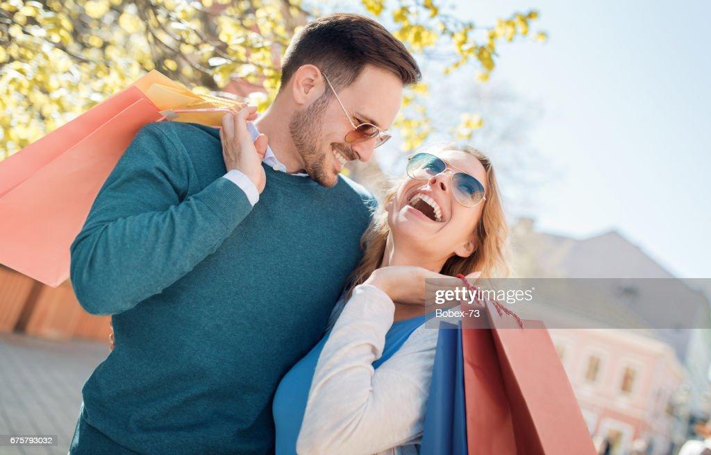 Welches Alter für Dating-Debatte geeignet ist