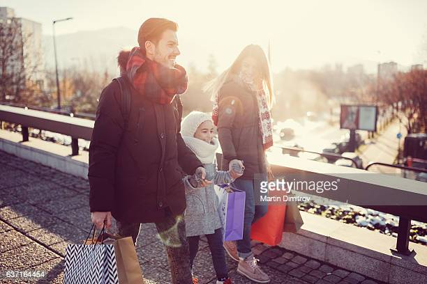 shopping weekend - december stock pictures, royalty-free photos & images