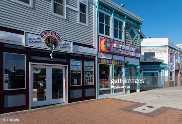 shops along garfield parkway in bethany beach, delaware - bethany beach stock photos and pictures