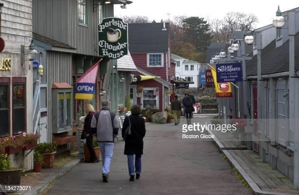Shops around Bearskin Neck area