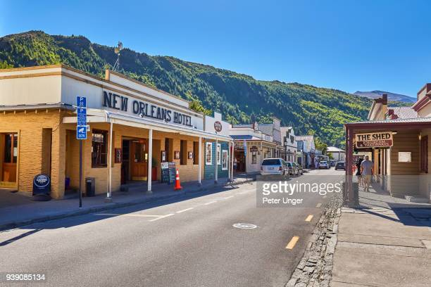 shops at arrowtown,otago, new zealand - arrowtown stock pictures, royalty-free photos & images