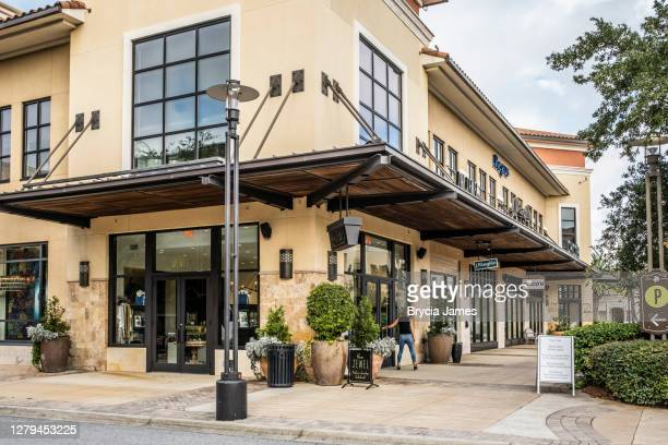 shops at grand boulevard town center - brycia james stock pictures, royalty-free photos & images