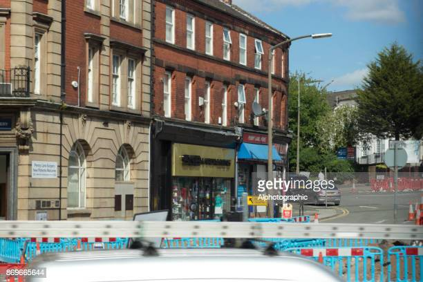shops in smithdown place, liverpool - sgt. pepper's lonely hearts club band stock pictures, royalty-free photos & images