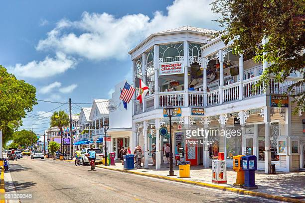 shops on duval street, key west - key west stock pictures, royalty-free photos & images