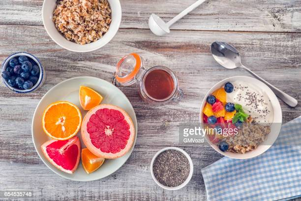 Short Grained Rice with Yoghurt and Fresh Fruits