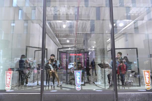 NY: Broadway Stars Gavin Creel & Shoshana Bean Perform As Part Of NY PopsUp