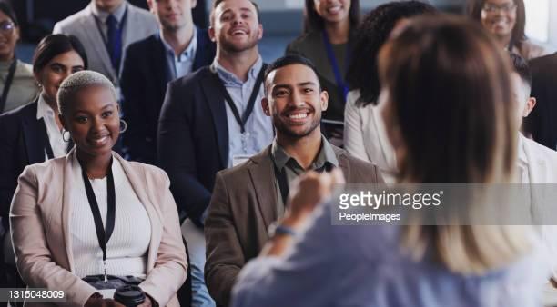 一群商人參加會議的照片 - 出席 個照片及圖片檔
