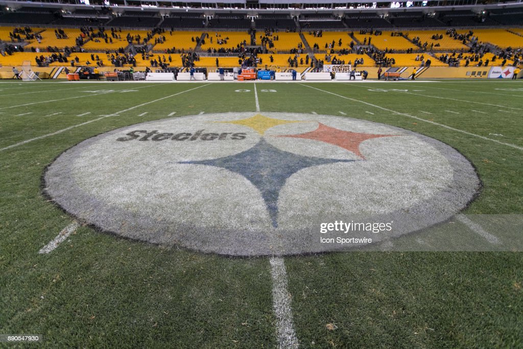 NFL: DEC 10 Ravens at Steelers : News Photo