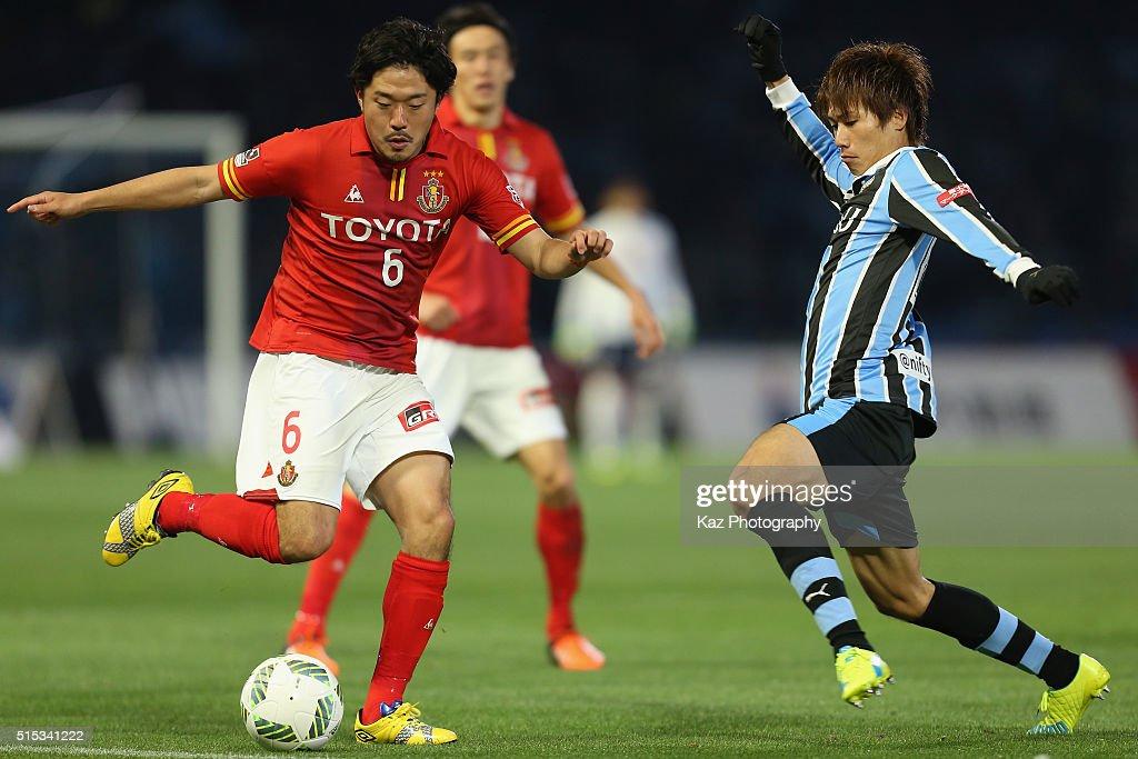 Kawasaki Frontale v Nagoya Grampus - J.League : Fotografía de noticias