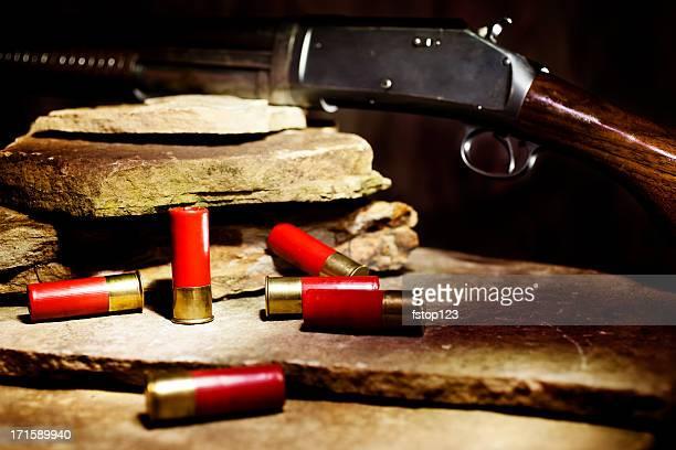 Munición de escopeta y útil en rock