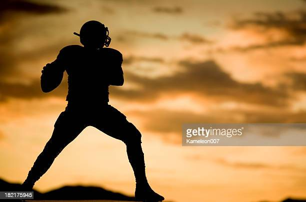 shotgun - quarterback stock pictures, royalty-free photos & images