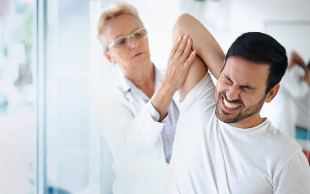 shoulder problems. - shoulder injury stock pictures, royalty-free photos & images