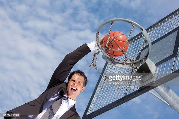 Schreien Geschäftsmann beim basketball-Spiel