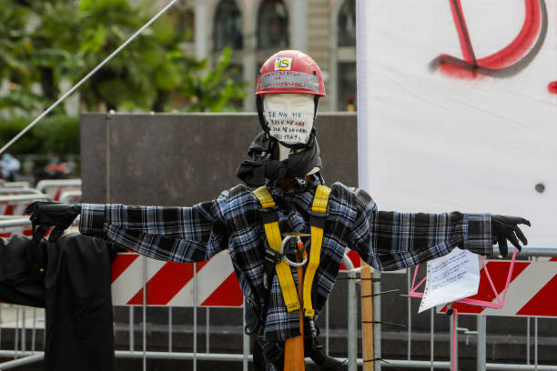 ITA: Protest Of The Workers Of The Entertainment Industry In Piazza Duomo In Milan